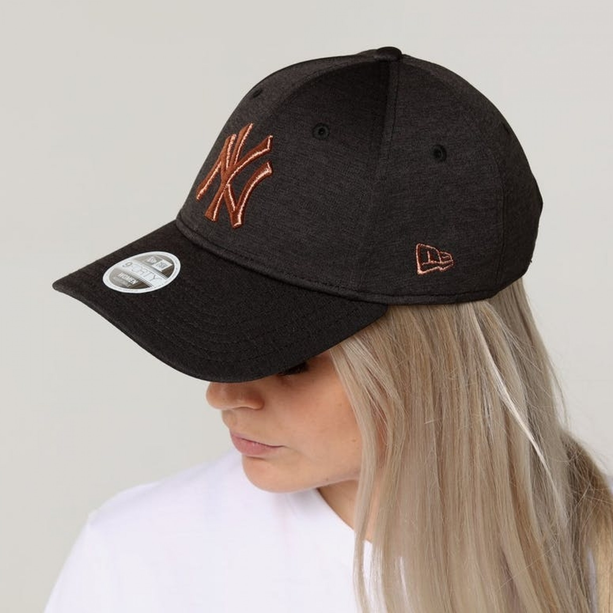 a527ef07af2 Venue Store NEW ERA New York Yankees 940 Womens Strapback Cap - Black  Shadow Tech Copper Free Delivery Over  100