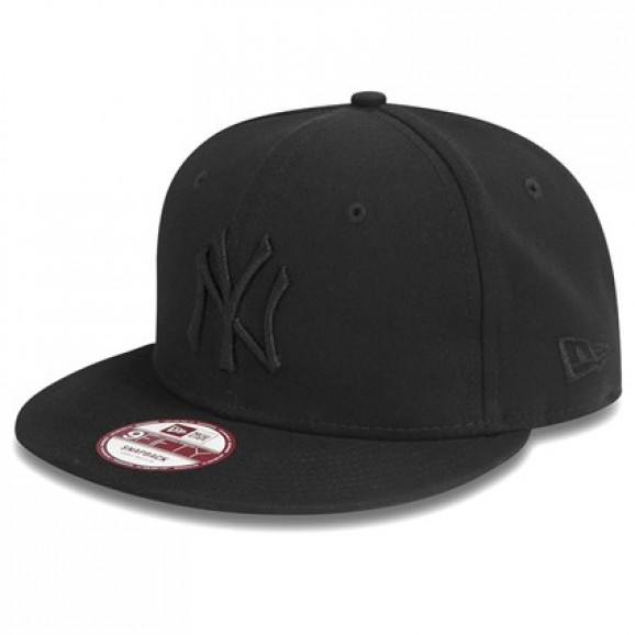 NEW ERA New York Yankees 950 Snapback Cap - Black/Black