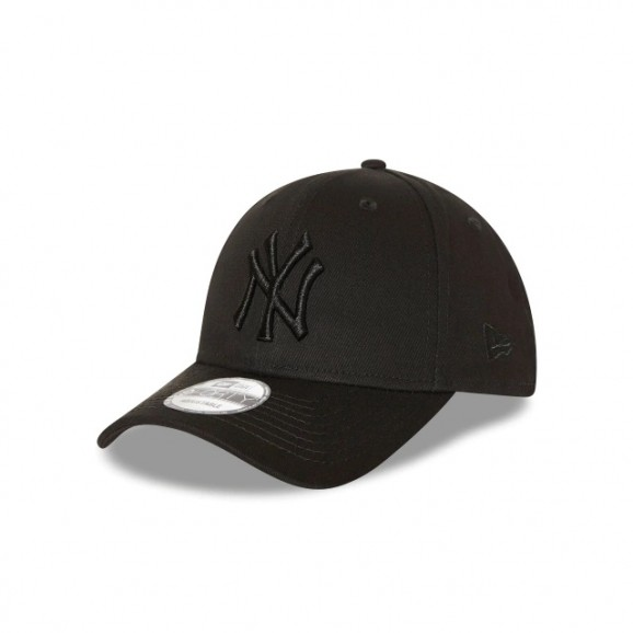 NEW ERA New York Yankees 940 Strapback Cap - Black/Black