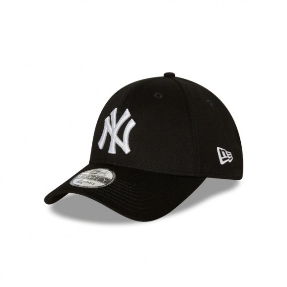 NEW ERA New York Yankees 940 Strapback Cap - Black/White