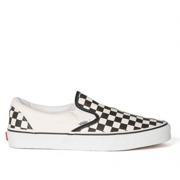 VANS Classic Slip On Shoe - Black & White Checkerboard